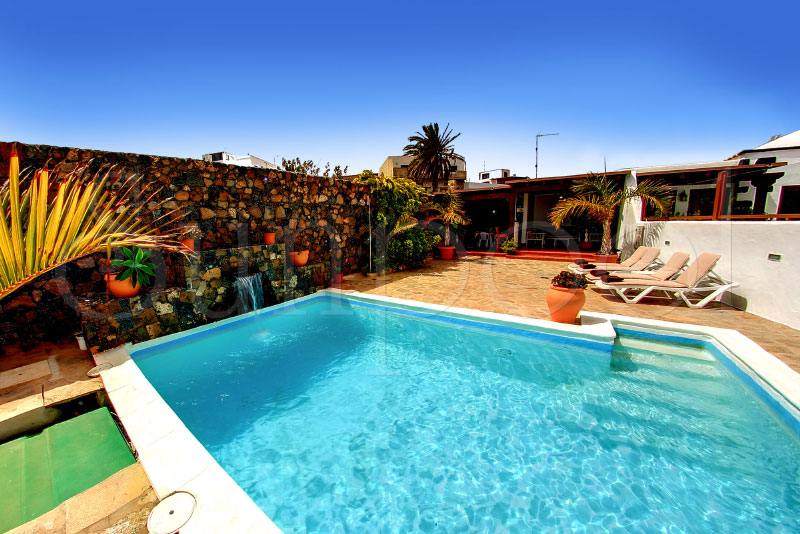 holiday rentals in lanzarote