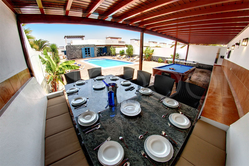 lanzarote villas for rent