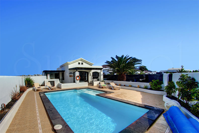 villas for rent in lanzarote