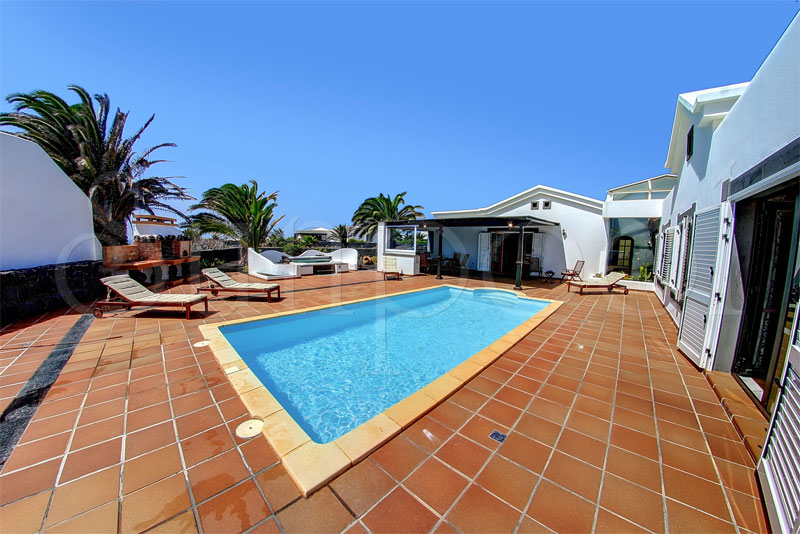 luxury lanzarote villas